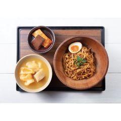 麻辣鴨血拼素鴨+養顏花膠濃雞湯+自家製椒麻拌麵