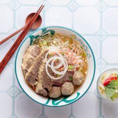 胡志明綜合金邊粉 (生牛肉 熟牛肉 牛丸)